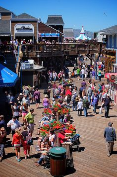 Packs and packs of tourists at San Francisco's Pier 39.  (Obviously these are the folks that don't get off the beaten path.)