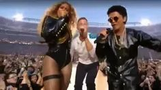 Super Bowl 50 Halftime Show - Bruno Mars & Beyonce Clash [HD] 2016 Coldplay, Bruno Mars Beyonce, Famous Black Inventors, Halftime Show, Black Panther Party, Black Actors, Michael Jackson, Marie, Spiritism