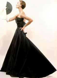 """Evelyn Tripp models the """"Sargent"""" dress from Christian Dior in a 1946 photo by Erwin Blumenfeld"""