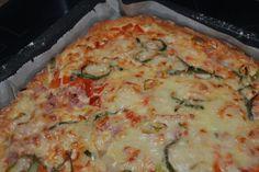Elämää Koivurannassa: Pellillinen gluteenitonta kinkkupiirakkaa Lasagna, Food And Drink, Pizza, Cheese, Baking, Breakfast, Ethnic Recipes, Food Ideas, Morning Coffee