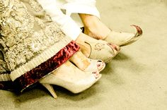 Traditional Arabic shoes worn by South Asian couple. Wedding Places, Muslim Couples, Wedding Colors, Wedding Photos, Asian, Traditional, Weddings, Photography Ideas, Beautiful