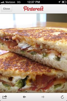 Jalapeno Popper Grilled Cheese - Mix cream cheese, bacon & chopped jalapenos together then grill.this would be fat kid snack! Food For Thought, Think Food, I Love Food, Good Food, Yummy Food, Soup And Sandwich, Sandwich Recipes, Grill Sandwich, Sandwich Ideas