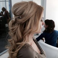 love the volume in this half up half down wedding hair ~  we ❤ this! moncheribridals.com