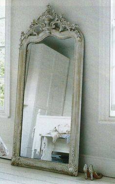 Beautiful Mirrors, Antiques French Mirrors, Antique Mirror, Shabby Chic, Antiques Mirrors, French Antiques, Bright Colors, Antiques Floors Mirrors, Mirrors ...