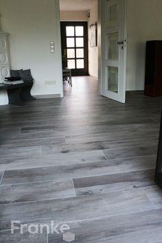 Emil ceramica on square cemento fliesen beton gel ppte oberfl che mit der reproduktion glatter - Holzfliesen wohnzimmer ...