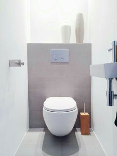 My new toilet with grey tiles, white walls and bamboo accessories. Small Toilet Room, Guest Toilet, New Toilet, Small Bathroom, Downstairs Cloakroom, Downstairs Toilet, Wc Design, Villa Design, Interior Design