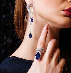 Minimalist Jewelry Flatlay and Jewelry Earrings Cartilage. High Jewelry, Cute Jewelry, Wedding Jewelry, Jewelry Sets, Unique Jewelry, Boho Jewelry, Beaded Jewelry, Jewelry Rings, Jewellery