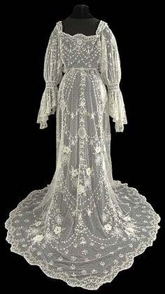 The Lace Guild, UK, Tamboured wedding dress c1905–1910