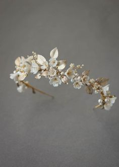 FLORES floral wedding headpiece 7 Flores is a floral wedding crown constructed from a dreamy palette of soft ivory, pale gold and silver tones. Gold Wedding Crowns, Bridal Crown, Headpiece Wedding, Bridal Tiara, Wedding Veils, Bridal Headpieces, Wedding Garters, Hair Wedding, Wedding Rings