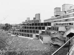 University of East Anglia student housing … – Educational Architecture Education Architecture, Architecture Student, Architecture Details, British Architecture, Contemporary Architecture, University Of East Anglia, Student House, Brutalist, Norwich England