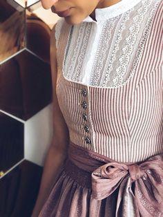 Knit Fashion, Look Fashion, Hijab Fashion, Fashion Outfits, Womens Fashion, Vestidos Vintage, Vintage Dresses, Vintage Outfits, Vintage Fashion