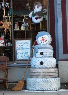 Rustic DIY tire snowman creation