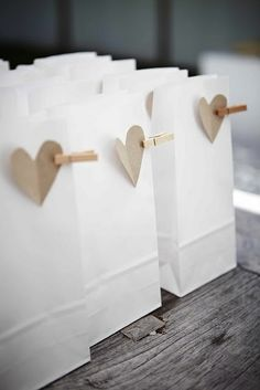 i heart gift super simple gift bags via april and may