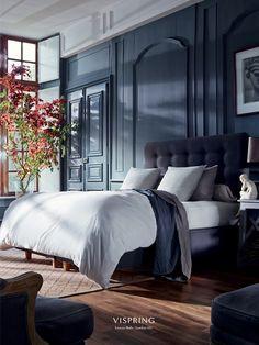 style-italian-bedroom Nice bedroom, luxery bed Vispring www. Blue Bedroom Ideas For Couples, Couple Bedroom, Blue Bedroom Decor, Rustic Bedroom Design, Bedroom Wall, Master Bedroom, Master Suite, Divan Sets, Luxurious Bedrooms
