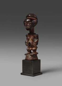 Songye Nkisi (Power Figure), Belande, DR Congo http://www.imodara.com/post/108587186259/dr-congo-songye-nkisi-power-figure-belande