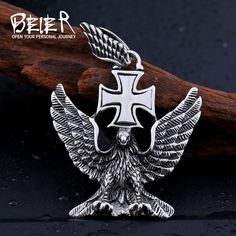 BEIER Stainless Steel Unique Design Men's Cool Eagle Necklace Pendant Factory Wholesale Price Dropshipping Supported Big Men Fashion, All About Fashion, Trendy Fashion, Fall Fashion, Fashion Ideas, Men Necklace, Pendant Necklace, Eagle, Fashion Jewelry