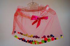 tanasza: tiulowa spódniczka z pomponami DIY / tulle pom pom skirt