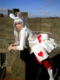 10 Steampunk White Rabbit Cosplays