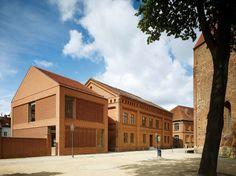 Baukulturpreis Brandenburg verliehen / Kita und Antivilla - Architektur und Architekten - News / Meldungen / Nachrichten - BauNetz.de