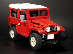 Lego Technic Toyota Land Cruiser Lego Toys, Lego Worlds, Custom Lego, Cool Lego, Japanese Cars, Big Trucks, Toyota Land Cruiser, Legos, Diy For Kids