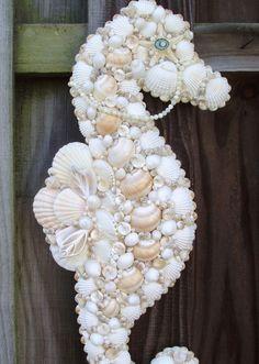C'est fouce que l'on peut faire avec des coquillages. Retrouvez 10 objets pour décorer votre intérieur.