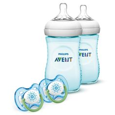 Give expectant mothers a useful gift with this bottle and pacifier gift set, which comes with two teal natural feeding bottles and two pacifiers. Perfect for infants making the transition from breastf