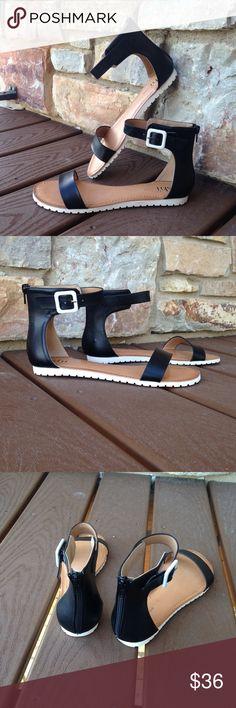 NWT Black Buckle Zipper Gladiator Sandals Size 8 So chic! Back Zipper Closure. Side White Decorative Buckle. Boutique Shoes Sandals