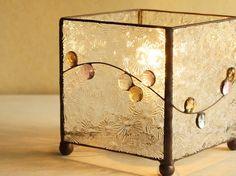 ガラス玉のテーブルランプ