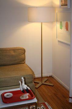 Light it Up Metallic Gold Spray Paint, Rustoleum Metallic, Floor Lamp, Interior Decorating, Diy Projects, Flooring, Wood, Painting, Furniture