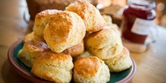 Try this recipe for tasty Irish Breakfast Scones. So easy to make and will be a real hit with everyone! Breakfast Scones, Irish Breakfast, Irish Brown Bread, B Recipe, Yummy Food, Tasty, Bread And Pastries, Home Baking, Irish Recipes
