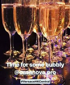 The 31st of March, our fashionable bubbles of Prosecco Casanova ware protagonist of the Grand Opening of Versace boutique in Hong Kong. Amazing event, amazing Donatella #donatellaversace #versace #hongkong #hk #event #prosecco #boutique #bubbles #fashion #milan