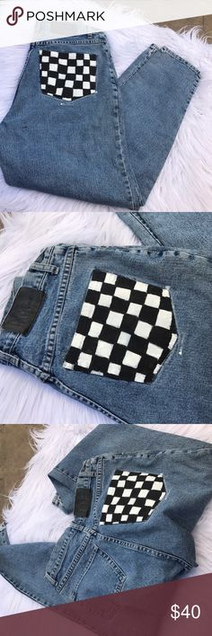 NY JEANS SZ S VINTAGE SKINNY SZ S PAINTED JEANS Super cute denim that was painted checkered in one pocket Ny Jeans Pants