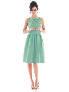 brides maids dress... love the color, not sure if it would be my wedding color, but this is cute