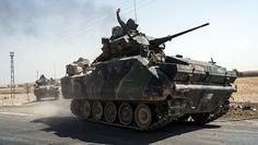 На севере Сирии вооруженные силы Турции нанесли удары по 80 объектам ИГ