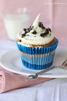Peanut Butter Oreo Cupcakes, perfect for any birthday!!