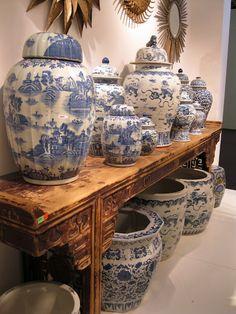 nlue and wehite porcelian Decorating Ideas | Blue and White Chinese Porcelain Vases & Ginger Jars