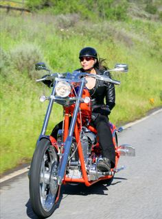 Women Motorcyclist | Brenda Fox