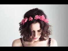 DIY floral crown tutorial inspired by Lana Del Rey