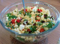 Moroccan Kitchen, Lunch Restaurants, Lunch To Go, Barbecue, Feta, Coriander, Potato Salad, Delicious Desserts, Salads