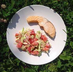 Лосось помидоры сельдерей