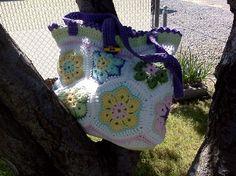 African Flower Purse – Crochet Uncut