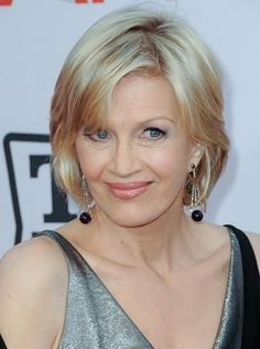 Diane Sawyer-Short Celebrity Hairstyles for Women Over 60