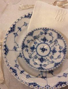 Royal Copenhagen Blue Fluted full lace
