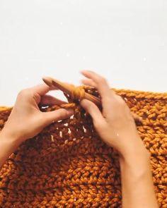 Manta Crochet, Crochet Motif, Crochet Stitches, Knit Crochet, Loom Knit, Drops Design, Learn To Crochet, Easy Crochet, Knitting Patterns Free