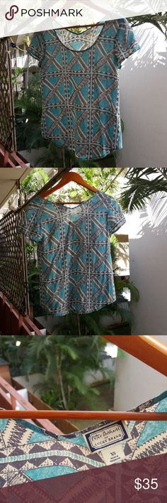 Intricate top Peter Dunham collab with Lucky Brand. Very cool textile print with aqua, charcoal and white to keep your outfit standing out amongst all the others. Lucky Brand Tops Blouses