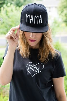'Mama' SET Available Now Mama Snapback + Mama Tee  Plus be sure to check out our children's tee to match! Shop online now! www.noraleighdesigns.com #mamaandme #mama Hat Patches, Man Fashion, Snap Backs, Snapback Hats, Baseball Hats, Cricut, Diy Projects, Sewing, Tees