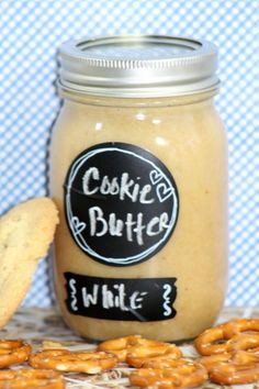 Love the store bought cookie butter but hate the cost? Save a ton by making this White Macadamia Nut Cookie Butter Recipe at home.