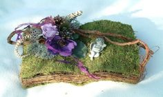 Arte Floral, Hobbies And Crafts, Grapevine Wreath, Funeral, Grape Vines, Wreaths, Decor, Floral Design, Dekoration