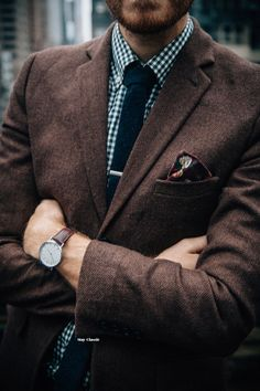 """stayclassic: """" Last night's wedding up on Stay Classic with The Jagger Pocket Square, 1″ Tie Bar, and Minimalist Leather Watch from Shop Stay Classic! """""""