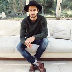 "8,794 Likes, 68 Comments - Nicolas Simoes | Travel&Style (@nicolassimoes) on Instagram: ""Sunny days are my favourites  today's #look @levis_fr @zara #stylebysimoes"""